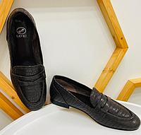 Туфли лоферы коричневого цвета с кроко принтом, натуральная кожа