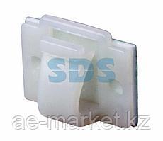 Площадка самоклеящаяся c клипсой под шлейф REXANT (ПКШ) 20х14 мм,  упаковка 100 шт.