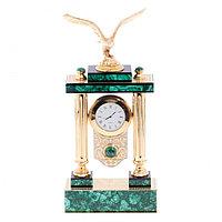 """Эксклюзивные часы из малахита """"Горный орел"""" в подарочной коробке Златоуст"""