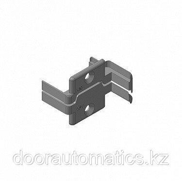 Заглушки алюминиевых Ц-профилей створки калиток секционных ворот (Петли слева)