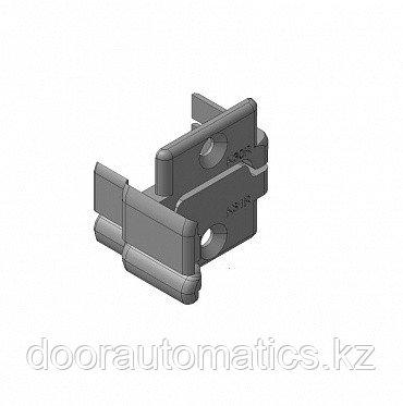 Заглушки алюминиевых Ц-профилей створки калиток секционных ворот (Петли справа)