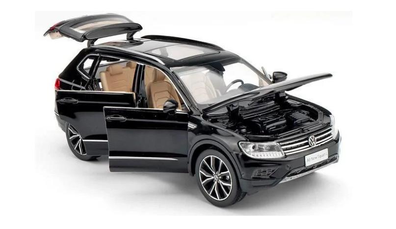 Коллекционная машинка Volkswagen Tiguan L металлическая модель в масштабе 1:32 - фото 3