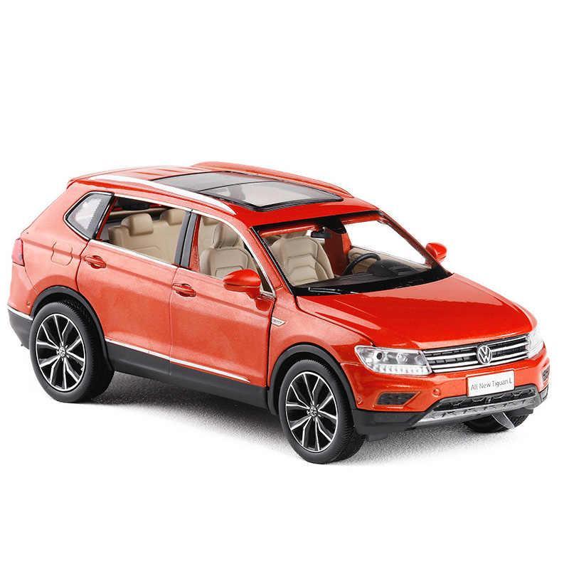 Коллекционная машинка Volkswagen Tiguan L металлическая модель в масштабе 1:32 - фото 1