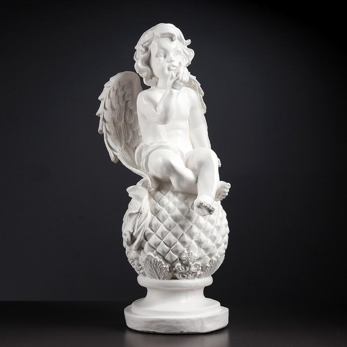 "Фигура ""Ангел на шаре с птичкой"" 27х24х58 см белый"