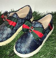 Туфли для девочки с бантами Gucci синие размеры 21-26