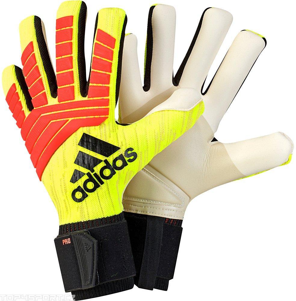 Перчатки вратарские Adidas Predator Pro размеры 6-7 - фото 1