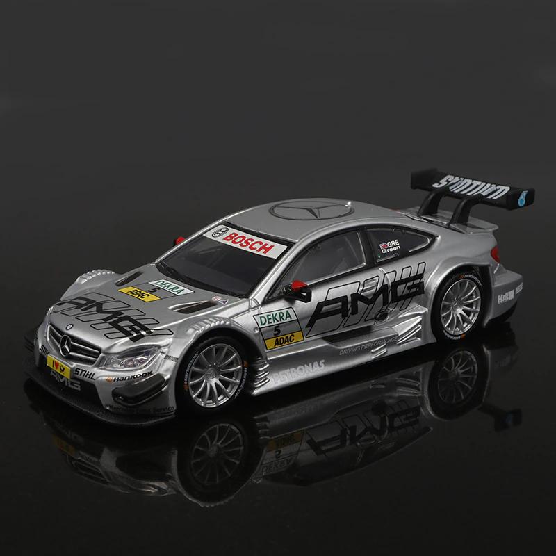 Коллекционная модель Mercedes-AMG C 63 DTM металл 1:32 Die Cast Collection - фото 1