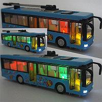 Игрушечный транспорт троллейбус 1:36
