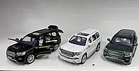 Тойота (Toyota) 630 металлическая модель машины масштаб 1:32