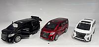 Toyota Alphard металлическая модель машины масштаб 1:32