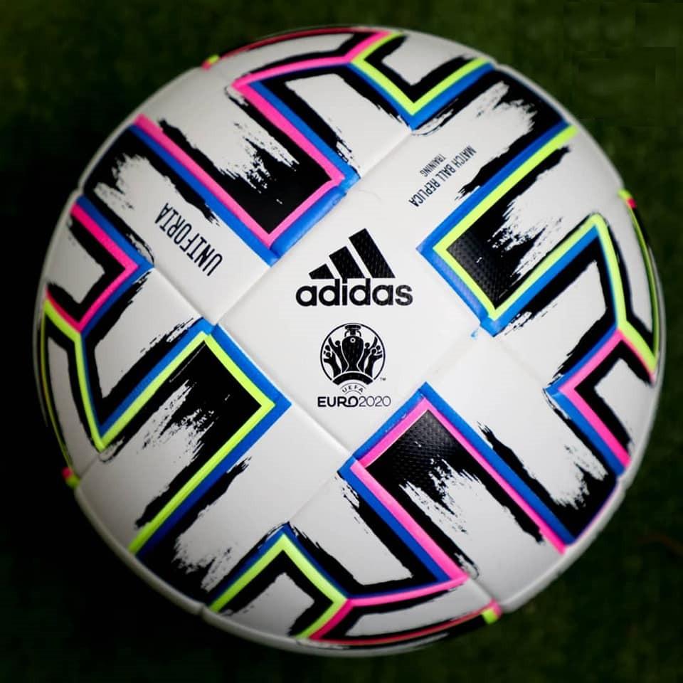 Футбольный мяч Adidas EURO 2020