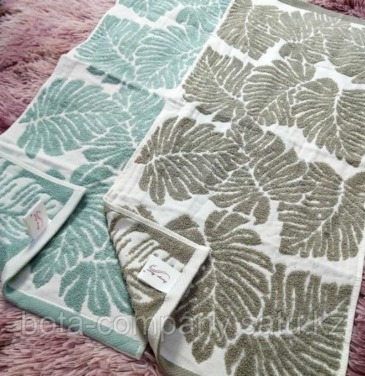 Полотенце для рук с листьями