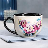 """Чашка """"Букет пионов"""", черно-белая, 0.45 л"""