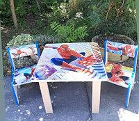 Детский стол с двумя стульчиками Человек-паук