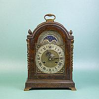 Кабинетные часы Ernest JOHNSON. LONDON. Настольные кабинетные часы голландского типа.