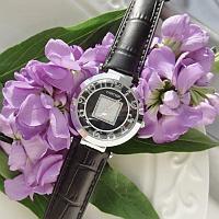 Часы «Cartier из ювелирного сплава