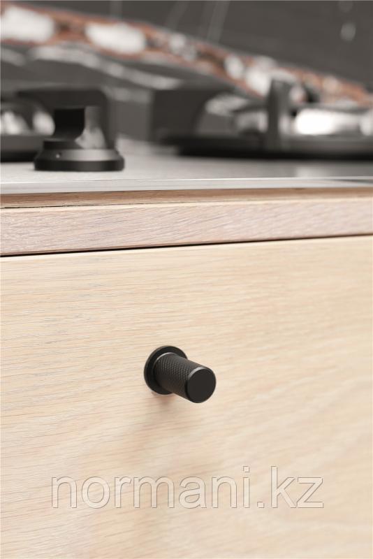 Мебельная ручка кнопка LINEAR d.18мм, отделка черный матовый