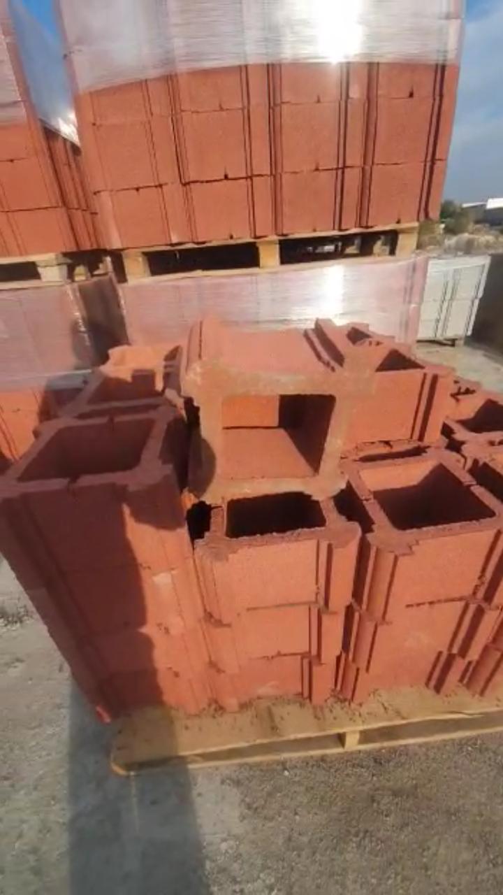 Блок - тумба 330х330х190 мм Гладкий Красный для колонны Бетонный блок столба