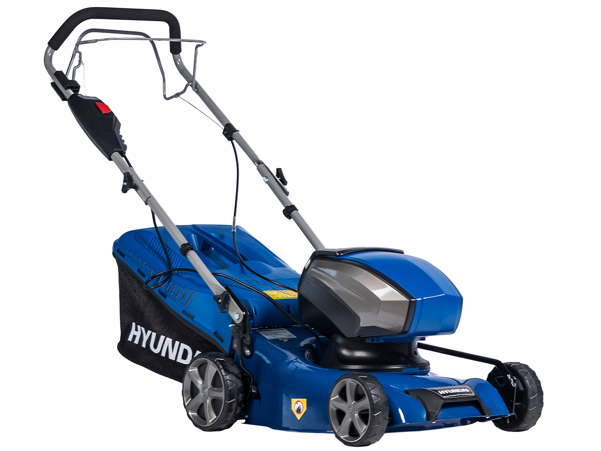Самоходная аккумуляторная газонокосилка HYUNDAI HY-42-4000 LI