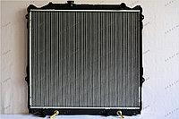 Радиатор охлаждения GERAT TY-132/2R Toyota Land Cruiser Prado 90, Surf III пок., 4runner III пок.