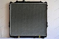 Радиатор охлаждения GERAT TY-133/3R Toyota Land Cruiser Prado 90, Surf III пок., 4runner III пок.