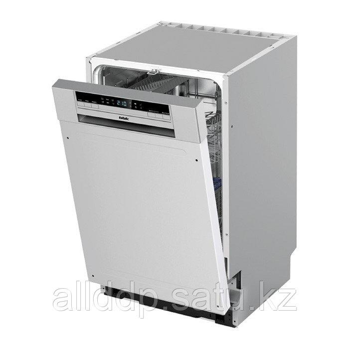 Посудомоечная машина BBK 45-DW202D, класс А, 9 комплектов, 6 программ, 45 см, серая