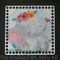 Деревянное донышко квадрат с принтом Слоненок