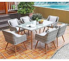 Обеденный комплект из ротанга, столы и стулья