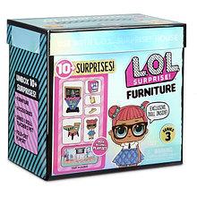 LOL Surprise Игровой набор ЛОЛ Фурнитура 3 серия Школа с куклой Teacher's Pet (10 сюрпризов)