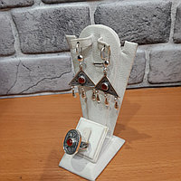 Комплект серебряных украшений