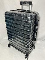 """Средний пластиковый дорожный чемодан на 4-х колесах """" LONGSTAR"""". Высота 63 см, ширина 41 см, глубина 25 см., фото 1"""