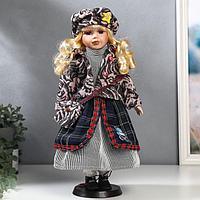 """Кукла коллекционная керамика """"Блондинка с кудрями, пиджак и берет с узорами"""" 40 см"""