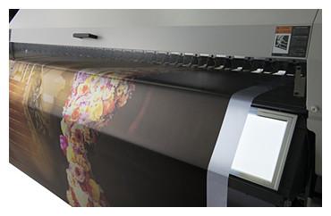 Mimaki UJV55-320: встроенный световой короб