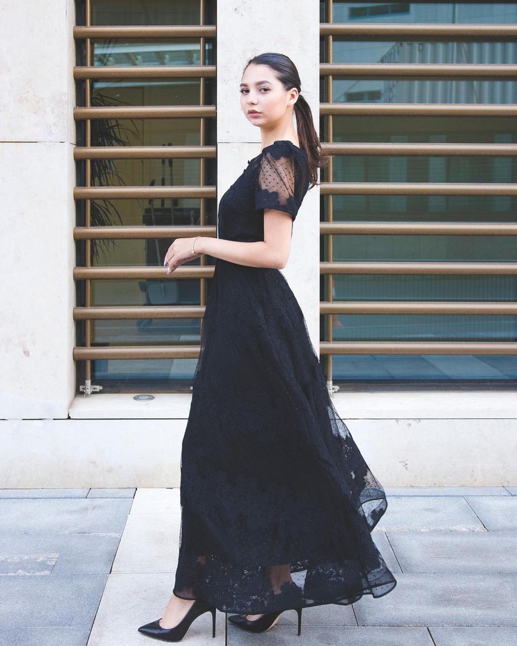 Кружевное вечернее платье (Hanym)