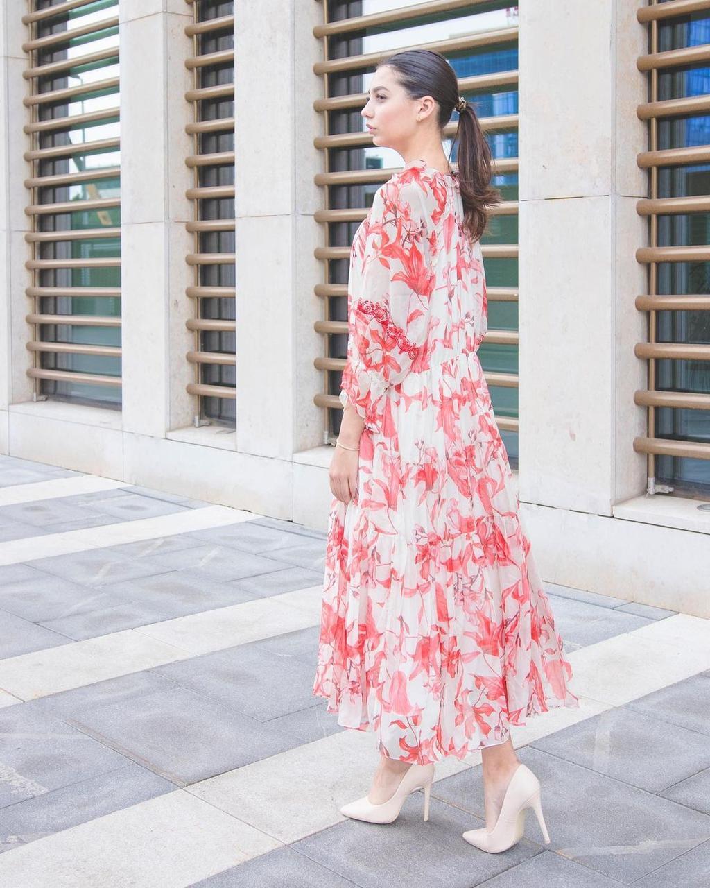 Шифоновое платье кремовое с красным (Hanym, 2021) - фото 3