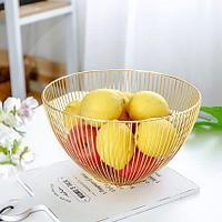 Миска для фруктов металлическая корзинка геометрической формы глубокая золотистая
