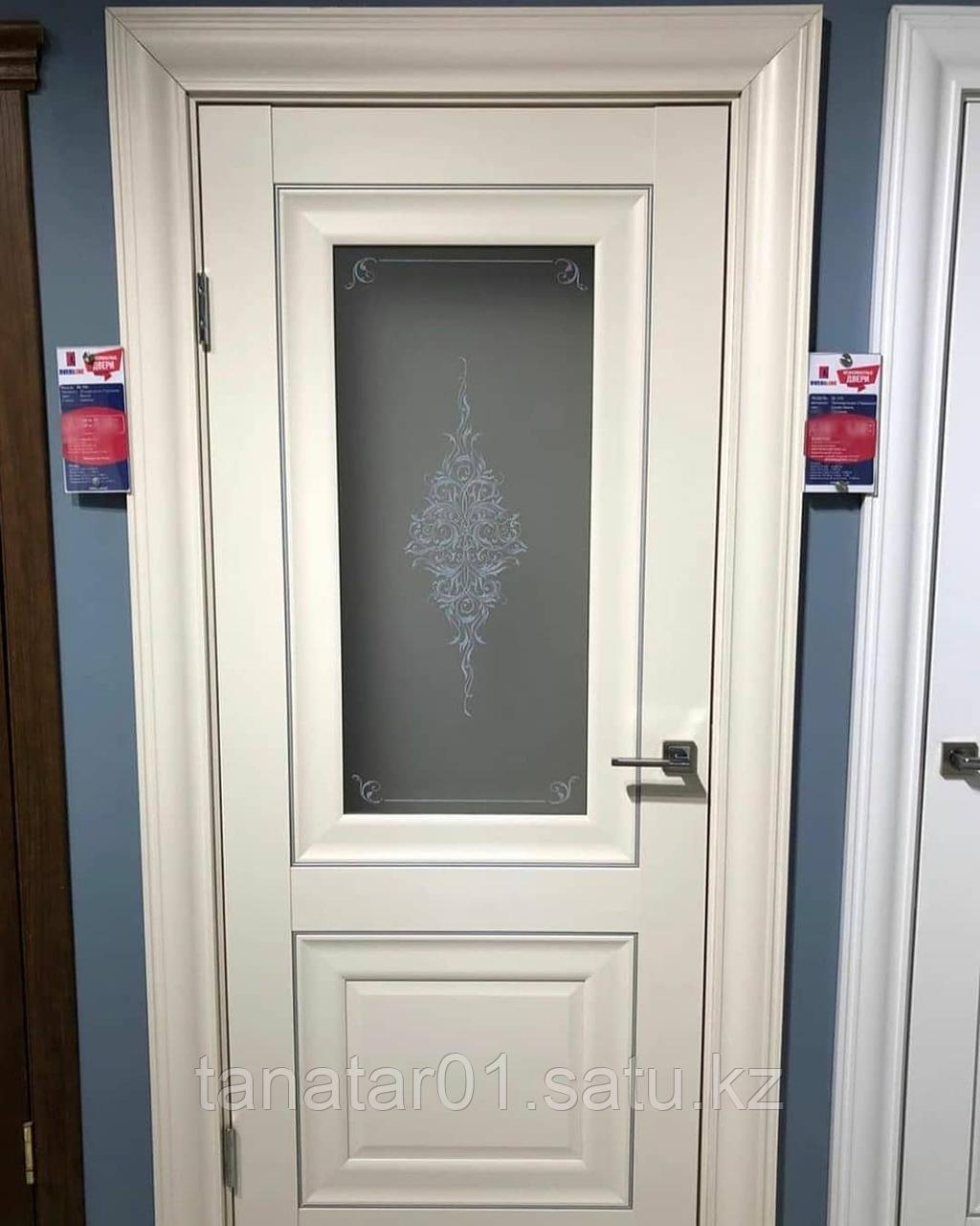 Дверь DL310 Стекло, цвет Ваниль