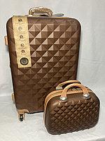 """Средний пластиковый дорожный чемодан на 4-х колесах""""AS BAGS"""". Высота 66 см, ширина 41 см, глубина 28 см., фото 1"""