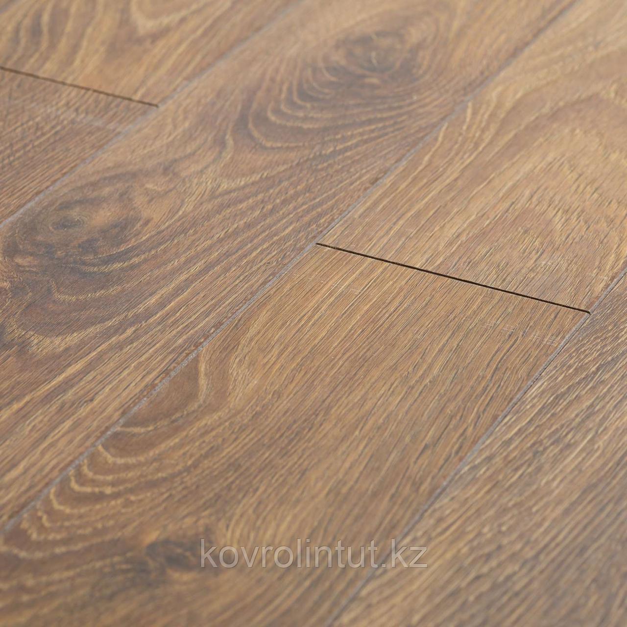 Ламинат Platinium Cuprum Garda Oak