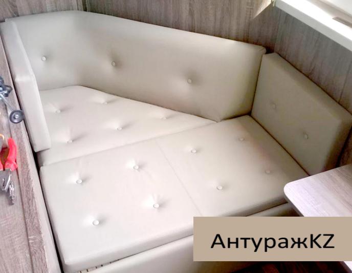Угловой диван на заказ для балкона - фото 2
