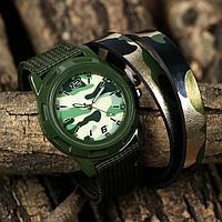 """Набор """"Настоящий герой"""", часы наручные, браслет"""