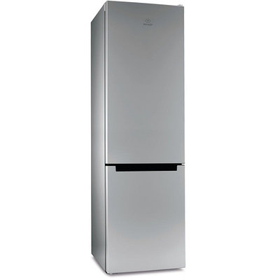 Холодильник-морозильник Indesit DS 4200 SB