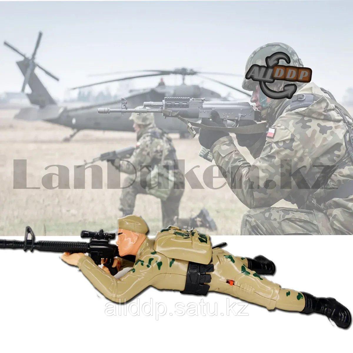 Игрушка солдат подвижная на батарейках со звуковыми и световыми эффектами Military force большой