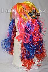 Парик карнавальный разноцветный с розовой челкой 55 см