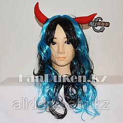 Парик с красными рожками и челкой черно-голубой 54 см