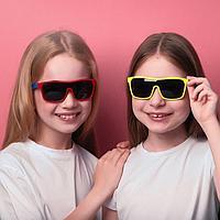 """Очки солнцезащитные детские """"Спорт"""", оправа двухцветная, МИКС, линзы тёмные, 13 × 12.5 × 5.5 см"""