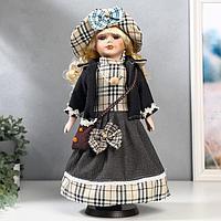 Кукла коллекционная керамика 'Блондинка с кудрями, наряд в клеточку с бантами' 40 см
