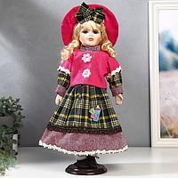 Кукла коллекционная керамика 'Блондинка с кудрями, розовая шляпка и свитер' 40 см