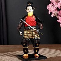 Кукла коллекционная 'Китайский гвардеец в золотых доспехах с мечом' 31х12,5х12,5 см