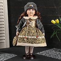 Кукла коллекционная керамика 'Вика с цветочном платье, сером джемпере с сумочкой' 40 см